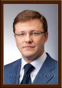 Портрет Азаров Д.И.
