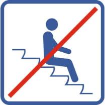 Знак «Запрещается сидеть на ступеньках эксколатора»